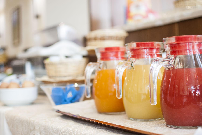 buffet colazione succhi