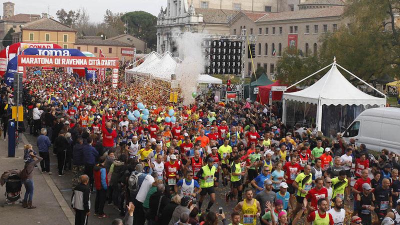 La partenza della Maratona di Ravenna